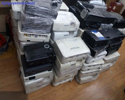Phân phối máy chiếu cũ tại Hà Nội