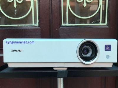 Máy chiếu cũ Sony VPL-DX100