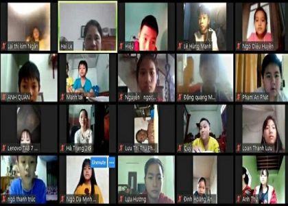 Chia sẻ kinh nghiệm ứng dụng máy chiếu vật thể cho giáo viên dạy Online