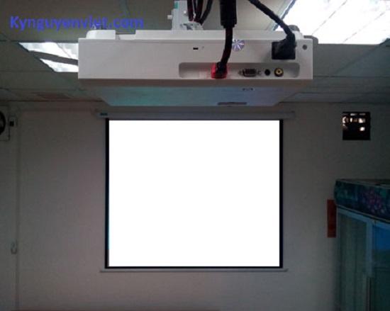 Giá treo máy chiếu sony