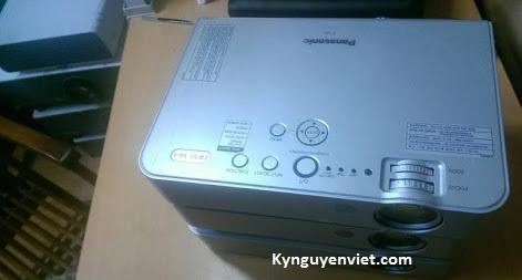 Xác máy chiếu panasonic